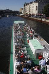 Ausflugsboot in Berlin