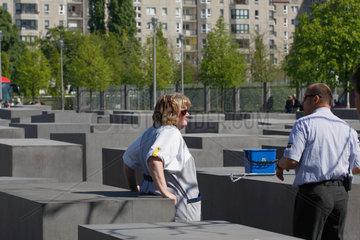 Sauberkeit und Sicherheit beim Holocaust Mahnmal