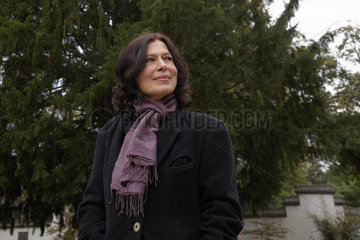 HELFER  Monika - Portrait der Schriftstellerin