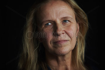 FUNKE  Cornelia - Portrait of the writer