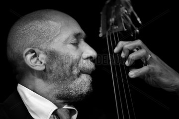 Ron Carter plays Berlin