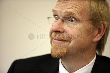 Dr. Thomas Mayer