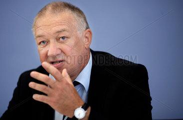 Prof. Dr. Gustav Horn