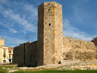Tarragona  Roemische Stadtmauer mit Wehrturm