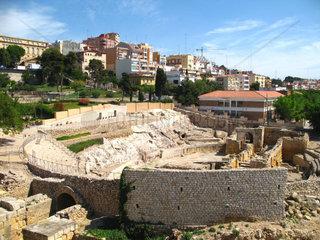Tarragona  Amphitheater und Stadt