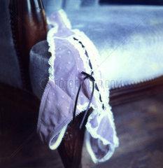 Slip auf Sessel