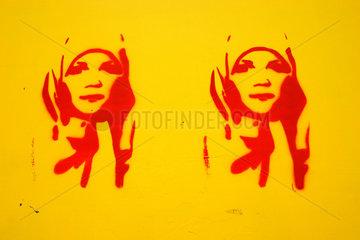 Kopftuch Graffiti
