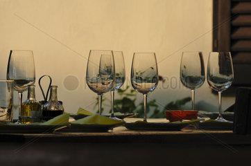 Abendessen  Weinglaeser