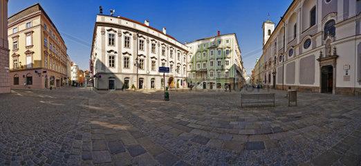 Landhausplatz in Linz  Oberoesterreich  Oesterreich  Europa