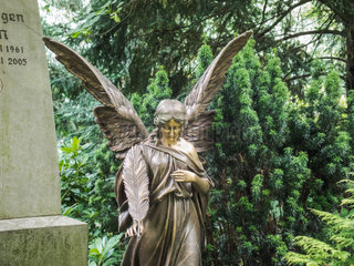 Ostfriedhof Dortmund  Grabfigur