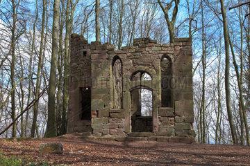 Ruine einer mittelalterlichen Burgkapelle