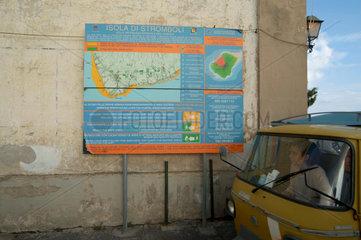 tsunami - gefahrenkarte auf stromboli  italien.