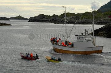Schiffsausflug auf den Lofoten  Norwegen.