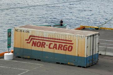 Ein Container der NOR-CARGO im Hafen von Oslo.