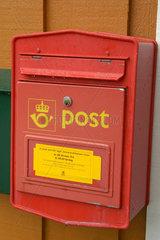 Roter Briefkasten in Norwegen.