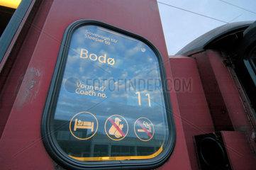 Wagenanzeiger Schlafzug von Trondheim nach Bodo (Norwegen)  Signete.