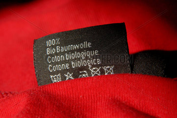 T-Shirt Label Bio Baumwolle.