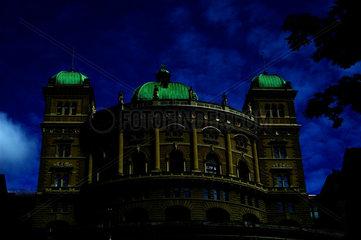 Bundeshaus  Bern  Schweiz  verfremdet.