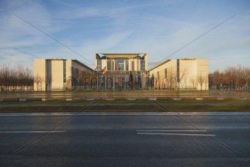 Bundeskanzleramt  Morgens  Kanzlerin  Regierungsviertel