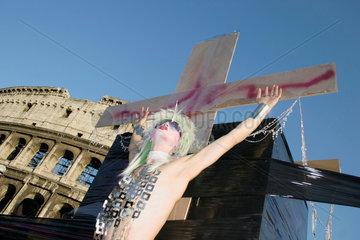 Gay pride vor dem Kolosseum