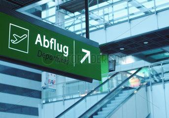 Abflug  Flughafen  Richtung  Orientierung
