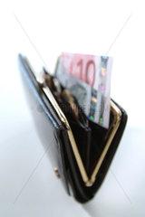 Finanzen  Riester  Sparen  Rente  Geld  Staat  Zuschuss  Foerderung  Rentenversicherung  Zulage  foerdert  geschenkt  Geschenkt  Riester-Vertrag  Riester-Rente  Riesterversicherung