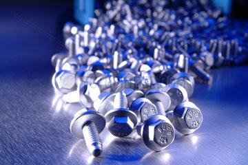 Schrauben  Schraube  Metall