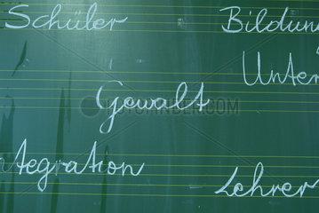 Gewalt  Schule  Lehrer