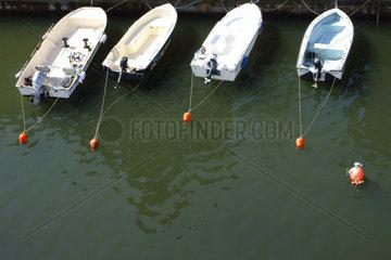 Angeleinte Boote