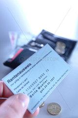 Rente  Ausweis  Nachweis