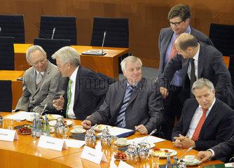 Schaeuble + Kretschmann + Seehofer + von Kladen + Scholz + Wowereit