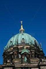 Berlin - Kuppel der Berliner Dom am Lustgarten