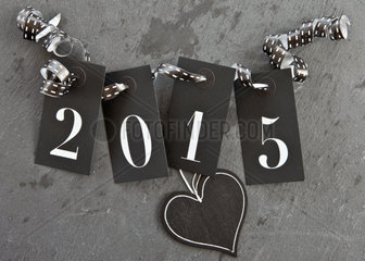 2015 auf Schiefer Hintergrund mit Herz