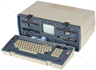 Osborne 1  erster tragbarer Computer der Welt  1981