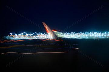 Landeanflug eine Air-Berlin Flugzeug