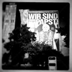 XXL Pope on facade of the Axel Springer Verlag headquarters