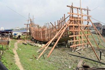 BANGLADESH-CHITTAGONG-FISHING BOAT-BUILDING