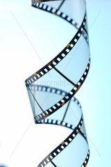 Film  Filmindustrie  Filmrolle  Fimlstreifen  gedreht  Hochformat  leer  ow_bloedt  Rand  Rolle  Spirale  Streifen