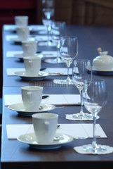 Tisch  Tasse  Tassen  Reihe  Messe  Veranstaltung  Event