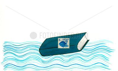 Buch treibt auf dem Meer