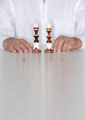 Schach; Schachbrett; Schachfigur; Schachfiguren; Schachspiel; europaeisch; Europaeer; Schachzug; Schlacht; Schwaeche; securities; security; securtities; securtiy; Sicherheit; Sicherheiten; Sieg; Spiel; spielen; Spielfeld; Kalkuel; Siegeszug; Spielfigur; Sp