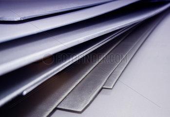Metall  Stahl  Metallplatten  Faecher  Material  Wirtschaft  uebereinander  Stapel