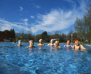 Baden  Freizeit  Freibad  Schwimmen