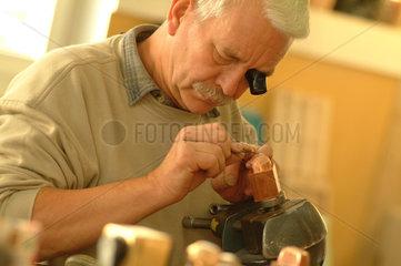 Handarbeit  Handwerk  handwerklich  herstellen  Herstellung