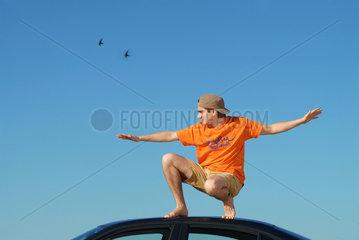 Freiheit  Balance  Abenteuer  ausbreiten  fliegen  Traeumer  Traum  Ueberflieger  Urlaub