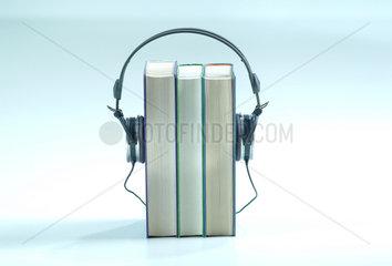 Hoerbuch  hoeren  Kopfhoerer  Spannung  Literatur  Unterhaltung  Podcasts  Podcasting