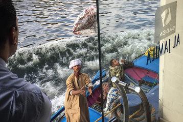 EGYPT-NILE RIVER-PEDLARS