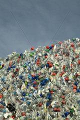 Haufen von Plastikflaschen