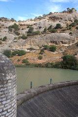 Staudamm an der Rio Guadalhorce