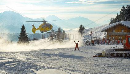 Landung eines Hubschraubers